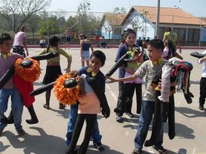 Festa folclórica da Celeste Calil anima a comunidade