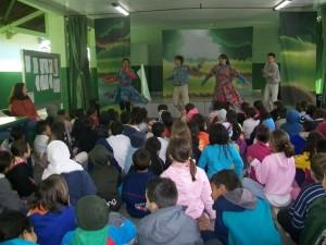 Folclore foi tema de peça de teatro na escola Sylvio de Araújo