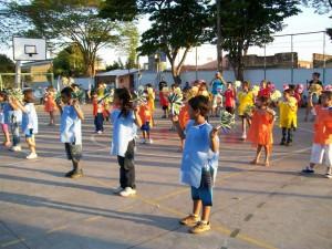 Escola Sylvio de Araújo realiza a Festa da Primavera