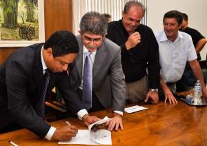 Ministro Orlando Silva visita Rio Claro e recebe novos pedidos para o setor de esportes
