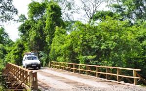 Prefeitura conclui e libera ponte da Estrada de Jacutinga