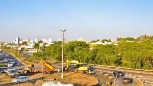 Concessionária inicia obra em trevo da Avenida Tancredo Neves