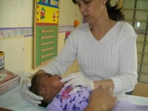 Programa de higiene bucal continua nas creches em 2012