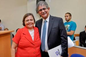 Prefeito Du e vice Olga assumem prefeitura por mais quatro anos