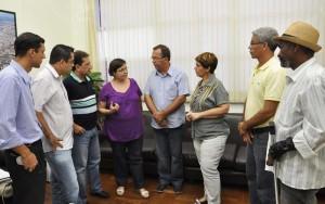 Olga Salomão reforça diálogo em visita  à Câmara de Vereadores