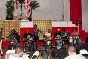 Samba com Du Carmo agita noite de domingo no Casarão da Cultura