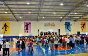 Alunos da escola Djiliah e comunidade ganham miniginásio