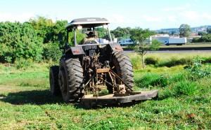 Limpeza de terrenos continua em várias frentes de trabalho