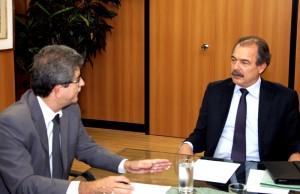 Curso de medicina é tema de reunião entre Altimari e ministro da Educação