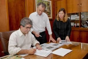 Du Altimari recebe prêmio Prefeito Empreendedor pela terceira vez