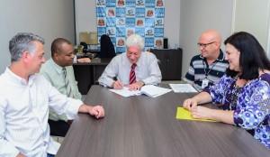 Procon de Rio Claro assina convênio para acelerar tramitação de processos
