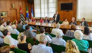 Prefeitura homenageia CDU na entrega do Plano Diretor