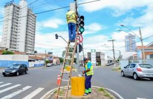 Controle por GPS deixa sistema de semáforos na Visconde mais seguro