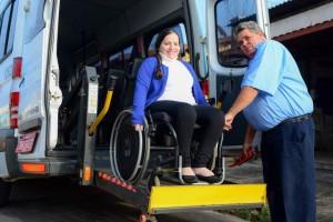 Em Rio Claro, programa faz transporte gratuito para mais de 400 cadeirantes