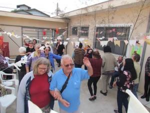 Idosos participam de festa junina no Cras região bairro do Estádio