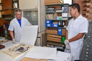 População pode reparar fotos históricas no Arquivo Público de Rio Claro