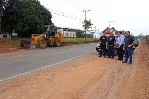 Estrada Rio Claro-Ajapi tem melhorias no acostamento