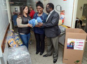 Fundo Social doa cobertores para a Saúde