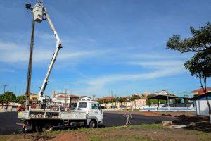 Espaço Livre Centro ganha nova iluminação para receber as 'carretas da saúde'