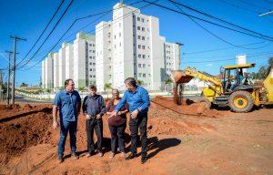 Rotatória no Jardim Paulista 1 ganha calçadas e novo paisagismo