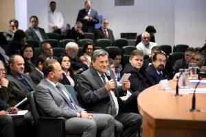 Fórum discute situação financeira da Unesp e aproximação com prefeituras e comunidades