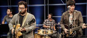 Banda Muito Antes de Laura agita fãs de rock neste sábado em RC