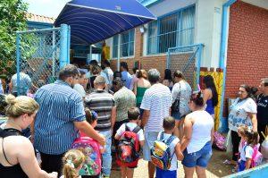 Mais de 17 mil alunos da rede municipal voltam às aulas na segunda-feira
