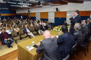 Equipe técnica do FNDE atende gestores  municipais em evento pioneiro em Rio Claro