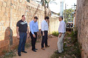 Jardim Brasília recebe serviços de limpeza e manutenção