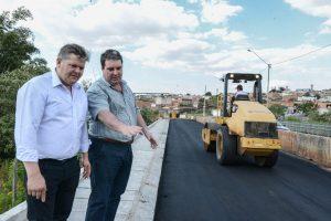 Prefeitura conclui pavimentação da segunda pista da ponte do Terra Nova