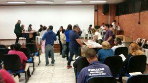 Famílias do Bom Retiro e Boa Vista recebem contratos das moradias