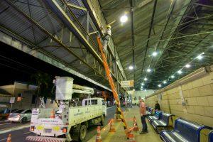 Prefeitura faz melhorias na iluminação do terminal de ônibus urbano