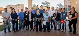Famílias vistoriam apartamentos do residencial Jardim das Nações I