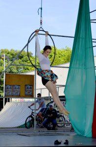 Atividade leva lazer e diversão a crianças atendidas por serviço social