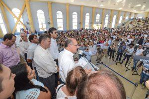 Juninho e Alckmin entregam 928 apartamentos do Jardim das Nações 1