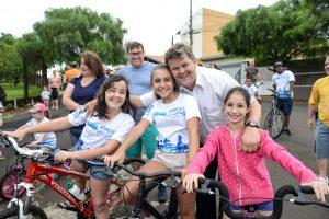 Passeio ciclístico reúne 400 pessoas no Bela Vista