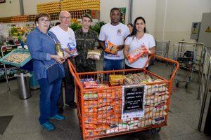 Campanha arrecada mais de 7 toneladas de alimentos