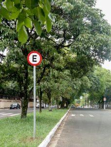Prefeitura libera estacionamento em trecho defronte ao Centro Cultural
