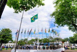 Ato cívico marca Dia da Bandeira Nacional em Rio Claro