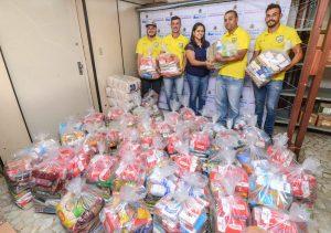 MC's doam 500 quilos de alimentos ao Fundo Social
