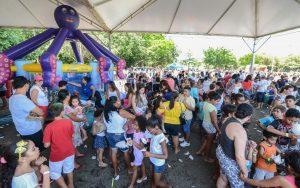 Festa no Lago Azul para chegada do Papai Noel