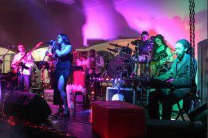 Domingo com samba no Fortalecendo a Cena