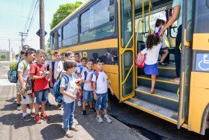 Alunos das escolas públicas  podem solicitar transporte gratuito