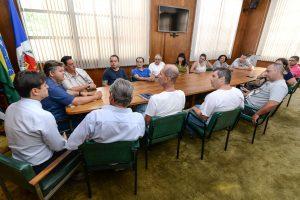 Prefeitura e comerciantes estudam melhorias para o Mercado Municipal