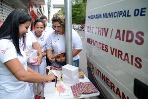 Testes rápidos de HIV e prevenção à DSTs durante o carnaval no Jardim
