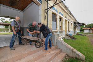 Antiga estação de Batovi recebe melhorias