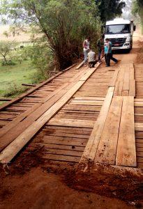 Prefeitura recupera três pontes na área rural de Rio Claro