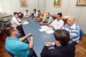 Prefeitura dialoga com uberistas para esclarecimentos