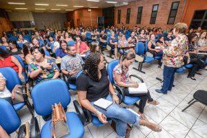 Rio Claro inicia ciclo de palestras com professores da rede municipal