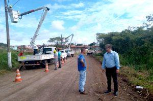 Trecho no Bonsucesso ganha iluminação após mais de 20 anos